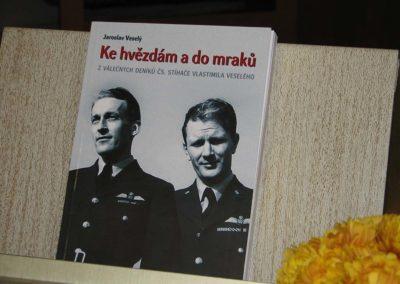 Křest knihy Ke hvězdám a do mraků, příběh bratrů Veselých Jičín, 2006