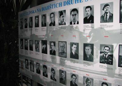 Vernisáž výstavy Letci Zlínska na bojištích druhé světové války, Zlín, 2009