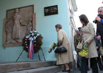 Odhalení pamětní desky Jiřímu Sehnalovi, Lázně Bělohrad