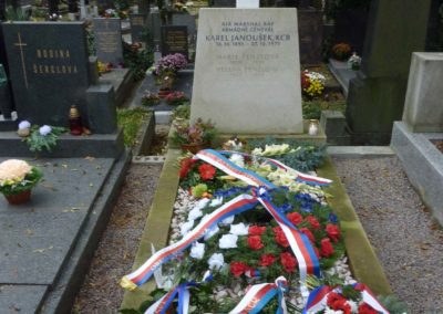 Vzpomínka na generála Karla Janouška, Šárecký hřbitov, Praha, 30. 10. 2015