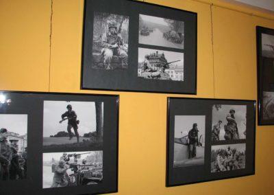 Kino Centrál, vernisáž výstavy s vojensko-historickou tematikou, 2008