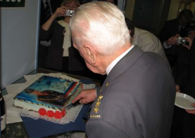 Oslava narozenin plk. Emila Bočka, mechanika a stíhacího pilota RAF, Brno, 2011