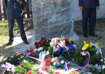 Odhalení pamětní desky československým letcům RAF z Plzně Karlova