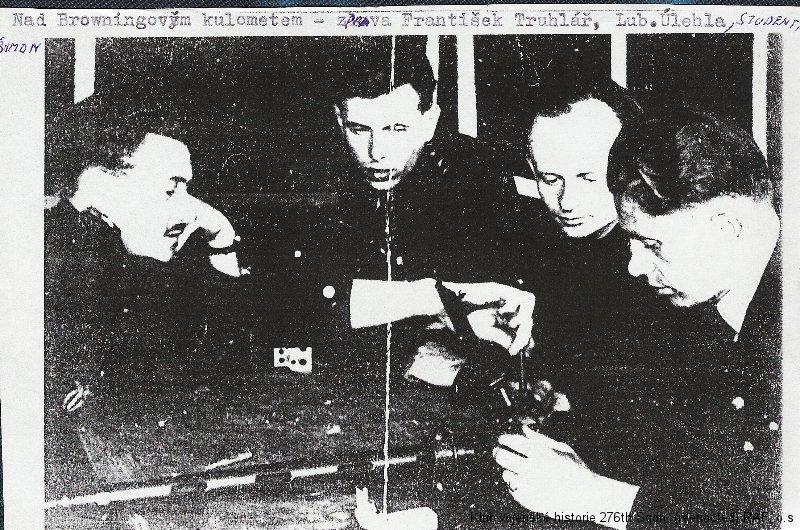 Lubomír Úlehla, palubní střelec 311. československé bombardovací perutě a pilot ve výcviku FAFL (Forces Aériennes Françaises Libres)